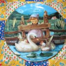 Feathered Friends Collector Plate M.I. Hummel Gentle Friends What A BEAUTY Shipping Special