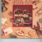 Gifts Of Good Taste Cookbook by Leisure Arts 094223703X