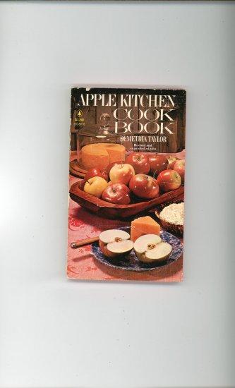 Apple Kitchen Cook Book Cookbook by Demetria Taylor  74175229