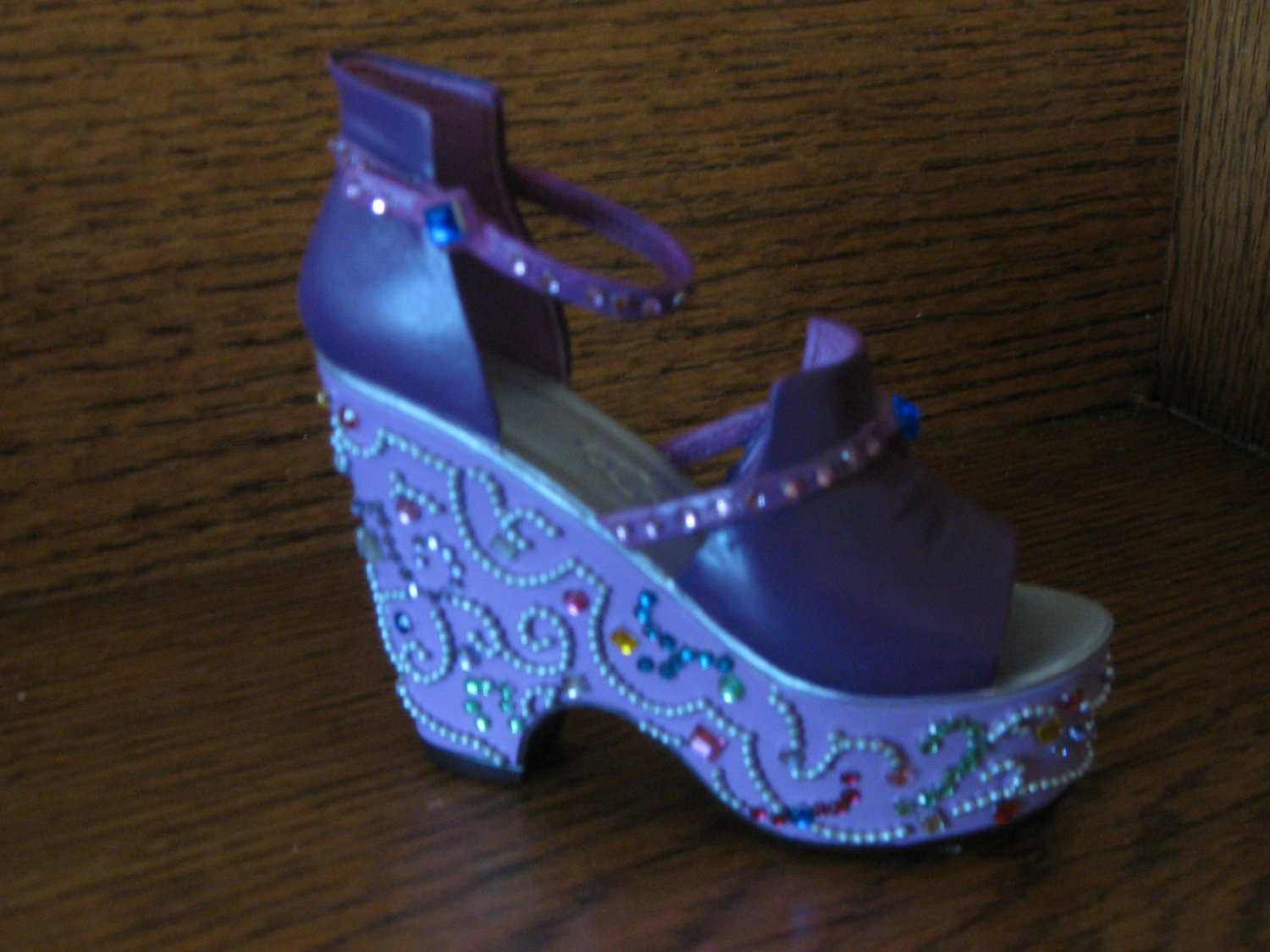 Just The Right Shoe By Raine Mardi Gras  25103
