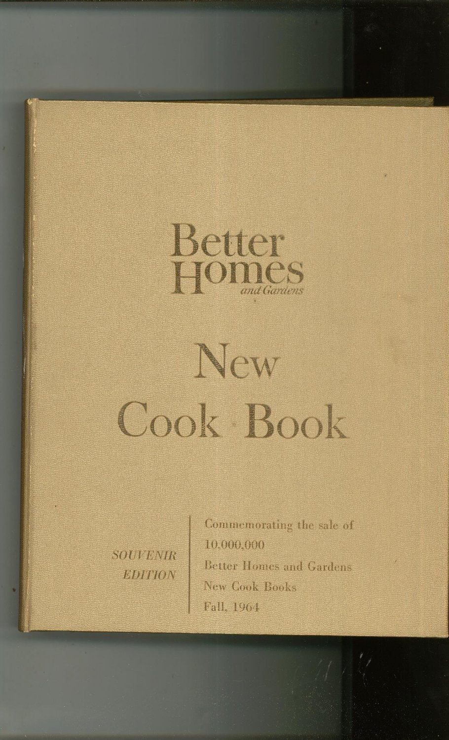 Better Homes And Gardens New Cook Book Gold Souvenir Edition Cookbook Vintage