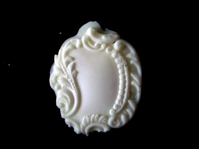 Filligree Leaf Tag  -   Silicone Mold