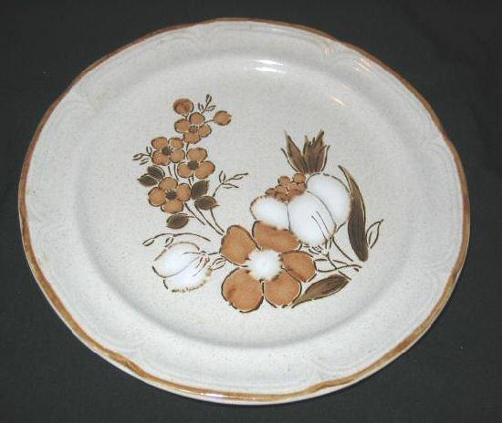 Hearthside Stoneware Autumn Fair Baroque Dinner Plate Japan