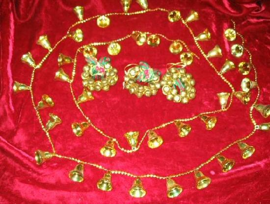 Vintage ChristmasTree Ornaments Brass Hanging Bells