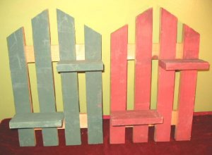Mini Decorative Pine Picket Fence Shelf Wall Hanging Plant Stand