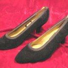 WOMENS NINA BLACK VELVET SHOES PUMPS HEELS 8 M