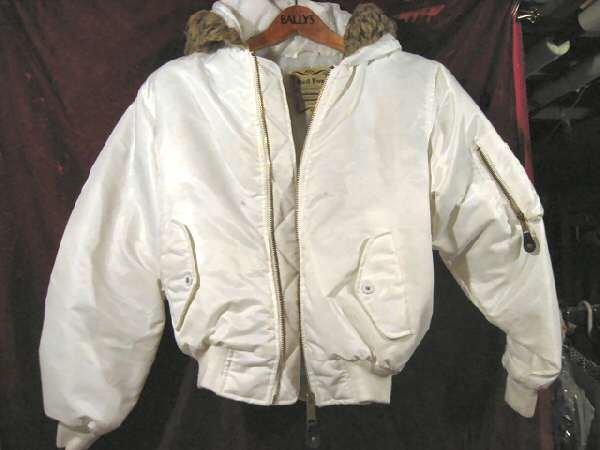 Lady's Red Fox Nylon Winter Snow Jacket Coat S