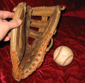 Rawlings Darryl Strawberry 1445 Fastback Baseball Glove
