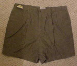 New Olive Pleated Front Relaxed Fit Shorts Golf Shorts Size 42 Big Tall Mens Clothing 918621