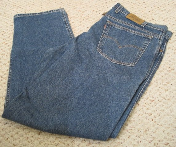 Levi's Stonewash Blue 5 Pocket Jean 44 X 32 Relaxed Big and Tall Mens Clothing 923651
