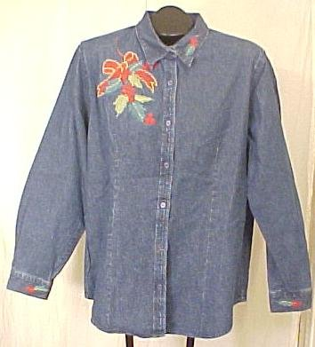New Denim Holiday Christmas Holly Shirt Size XL Misses Clothing 400611