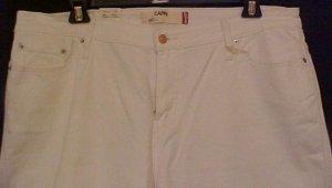 NEW Levi's White Stretch Capri Jeans Size 22 Plus Size Women Clothing 22W  201011