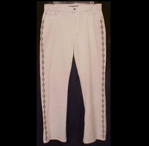 NEW Ralph Lauren Embroidered Jeans Size 6 Misses Clothing 200921