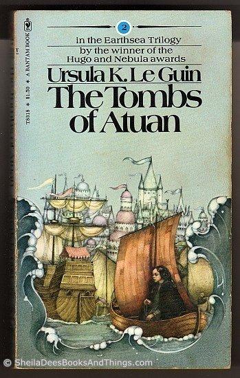 The Tombs of Atuan - Earthsea - Book 2  - Ursula K. Le Guin   pb    s1824