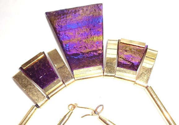 Vintage Necklace Hawai Lava Jewelry, 1980 purple pink lava stone, very unique