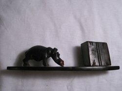 Hippo Pen Holder