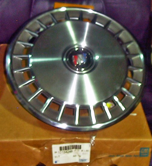 Buick Century 89-92 Full Wheel Cover New GM 10154249