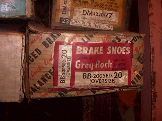 Buick Big Cars 1961-1970 & Riveria 63-70 Rear Brake Shoes #340
