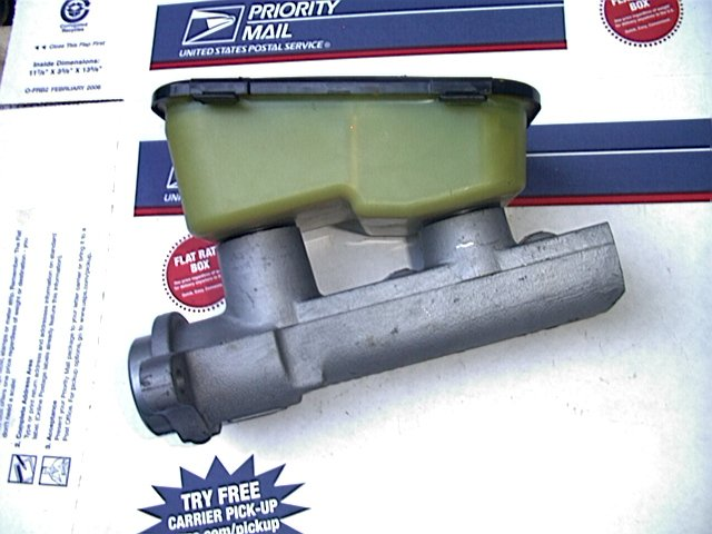 1993 Cadillac Fleetwood RWD New AC Delco Factory Master Cylinder,  18060184,  174-717