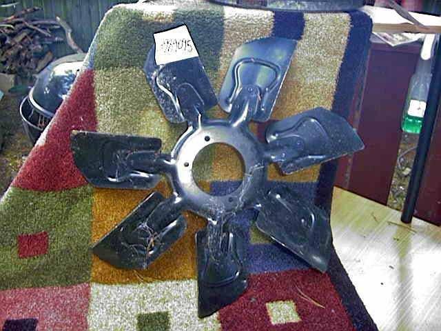 3989095 Malibu SS NOS GM 19 &1/2, 7 Blade Cooling Fan HD & AC