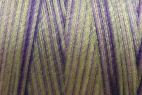 M40 - Violet Meadows - 35wt - 500m - Valdani Variegated Thread  q1