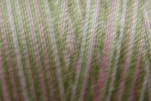 M63  Early Spring  35wt -  500m - Valdani Variegated Thread  q3