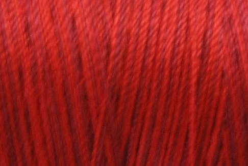 M43 Vibranr Reds 50wt 1080 yds - Valdani Hand Dyed Cotton Variegated Thread q1