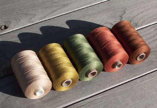 Sole di Toscana collection all purpose Valdani sewing thread q3