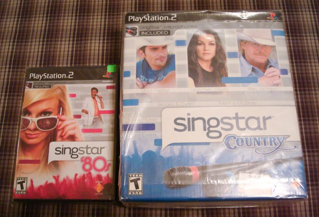 Singstar 80s Game w/microphone from Singstar County