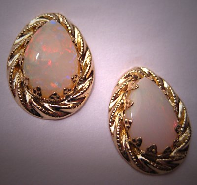 Vintage Opal Earrings Australian Opal 14K Gold