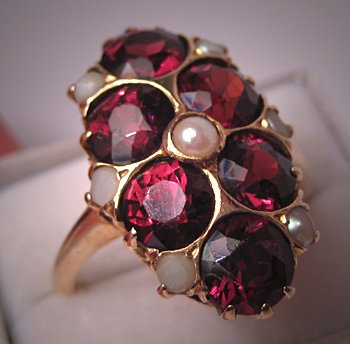 Antique Victorian Garnet Ring Seed Pearls 14K Gold