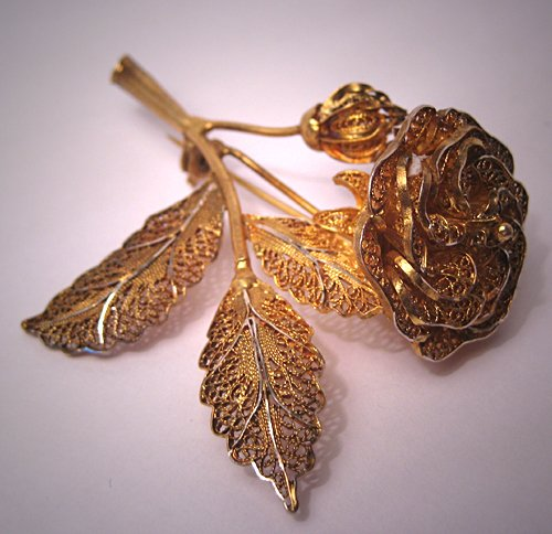 Antique Jewelry Fine Filigree Brooch Vintage Art Deco Pin Gold Gilt