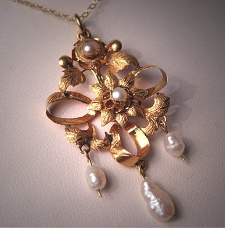 Antique Pearl Necklace Victorian Gold Bow Pendant 18K
