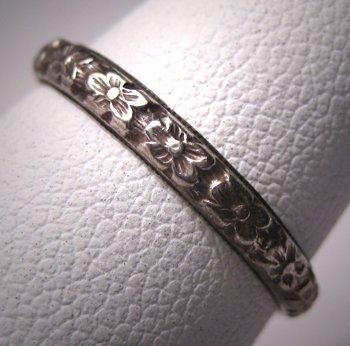 Antique Wedding Band Art Deco Floral Vintage Ring