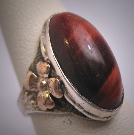Antique Victorian Mahogany Tigers Eye Ring Gold Floral Art Deco 1900