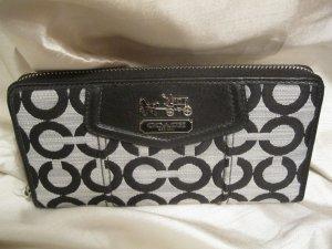 Brand New Coach Madison Op Art Shantung Signature Zip Wallet - 45460