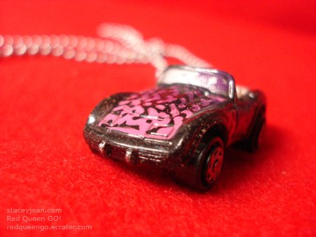 1975 Chevy Corvette : Necklace