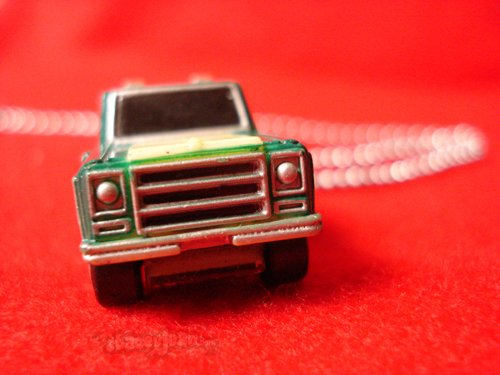 Chevy Blazer : Necklace
