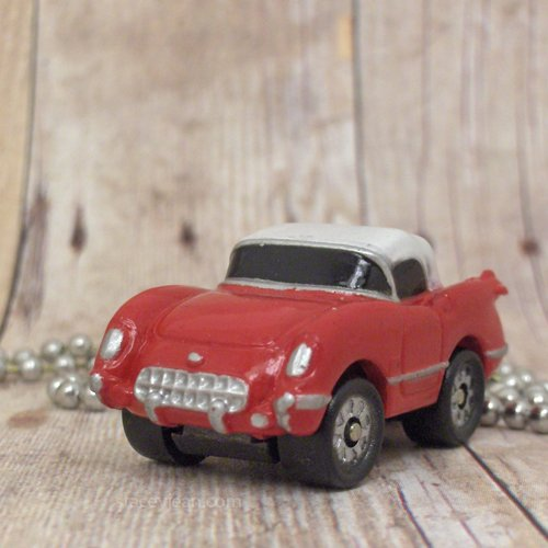 1955 Chevy Corvette Coupe : Necklace : Red