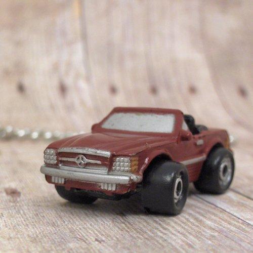 Mercedes-Benz : Necklace