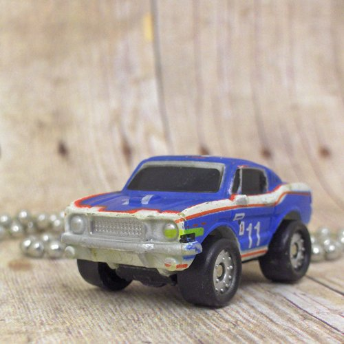 Ford Mustang : Necklace