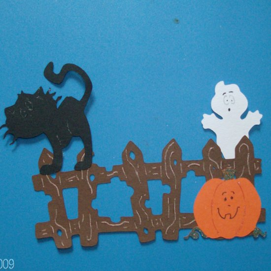 Halloween Fence, Pumpkin, Arched Cat and ghost Scene
