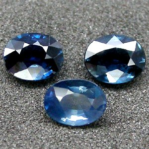 1.22 Ct.BEAUTIFUL! Oval Natural Blue Sapphire UnHeated 3Pcs.