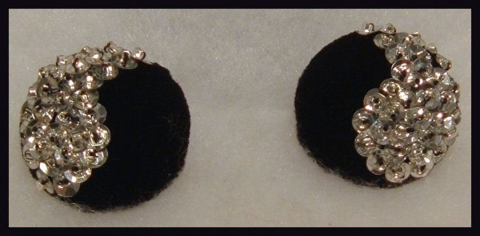 """SILVER SEQUIN & CLEAR SEED BEAD CLIP-ON EARRINGS 1.25""""  VINTAGE"""