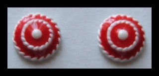 "BUTTON RED & WHITE ENAMELED HUGGIE PIERCED EARRINGS.50"" NOS VINTAGE 80s"