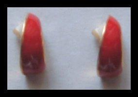 """RED and WHITE ENAMEL G/T TWISTY PIERCED EARRINGS .75"""" VINTAGE 80s"""