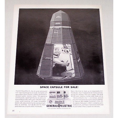 1961 GE General Electric Sure Fire 5 Flashbulbs Space Capsule Vintage Print Ad