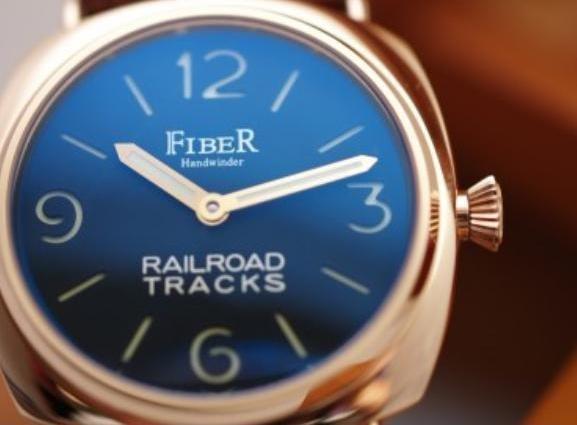 Fiber - Rose Gold Retro-Chic GI Hand Winder (FB8006-01-3RG)