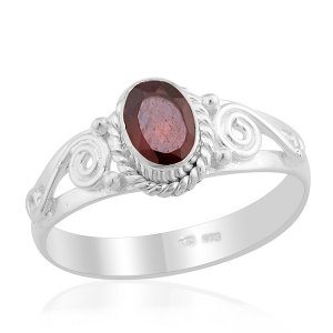 Artisan Crafted Mozambique Garnet Ring in SS Sz 8 TGW 0.81 cts.