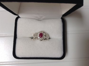 Lovely Genuine 0.67ctw Solitaire Ruby and White Topaz Ring  Sz 7 New